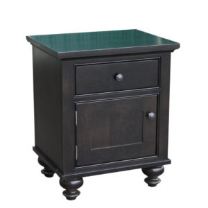 georgetown night stand with door, Heritage maple, solid maple, solid wood, solid oak, end table, occasional furniture, rustic details, storage, drawer, organization, custom furniture, made in Canada, Canadian made, rustic furniture, chairside table, living room, living room furniture